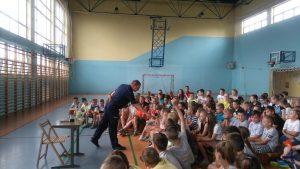 Spotkanie z policjantem – bezpieczeństwo w czasie wakacji